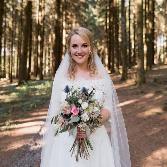 Hochzeitsmake-up im Sauerland